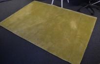Gulvteppe i grønt, 220x150cm, modell  Mix fra Almedahls, 50% ull / 50% Viskose, pent brukt
