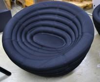 Hay Blow loungestol / lenestol i sort stoff, Ø=86cm, pent brukt