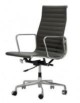 Kontorstol: Eames EA119 med høy rygg, i sort skinn, Original Vitra, pent brukt