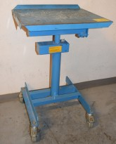 Verkstedtralle / skruebord / verkstedbord på hjul, Eurokraft, blålakkert stål, godt brukt