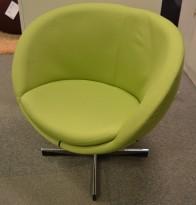 ForaForm Planet Loungestol i lyst grønt stoff / krom, design: Svein Ivar Dysthe, Norsk klassiker, pent brukt