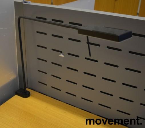 Luxo Ninety i sort med bordfeste, LED-belysning til skrivebordet, lekker designlampe, pent brukt bilde 2