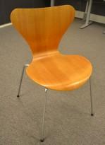 Arne Jacobsen 7er-stol / syver-stol, model 3107, i teak, understell i krom, OBS! Svikt i rygg