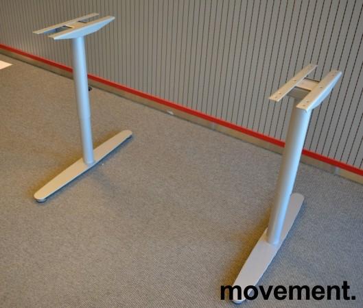 Understell for skrivebord i grålakkert metall fra Edsbyn, passer plater fra 120cm bredde og større, pent brukt bilde 2