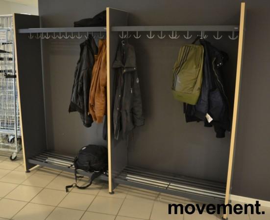 Garderobestativ / garderobeskap i grått/bjerk laminat fra Monena, 236cm bredde, bestående av 2 fag, pent brukt bilde 1
