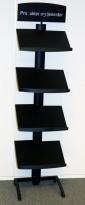Brosjyrehylle / avishylle i sortlkakkert metall, 4 hyller, høyde 183cm, pent brukt