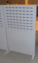 Akustisk, lyddempende skillevegg i grått, 80cm bredde, 129cm høyde, pent brukt