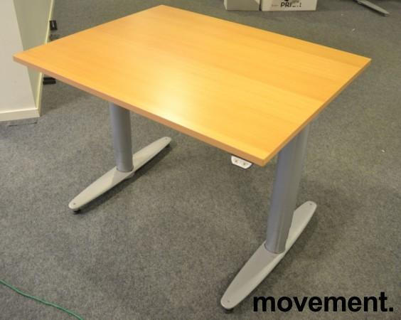 Kinnarps T-serie kompakt elektrisk hevsenk skrivebord 100x80cm i bøk, pent brukt bilde 1