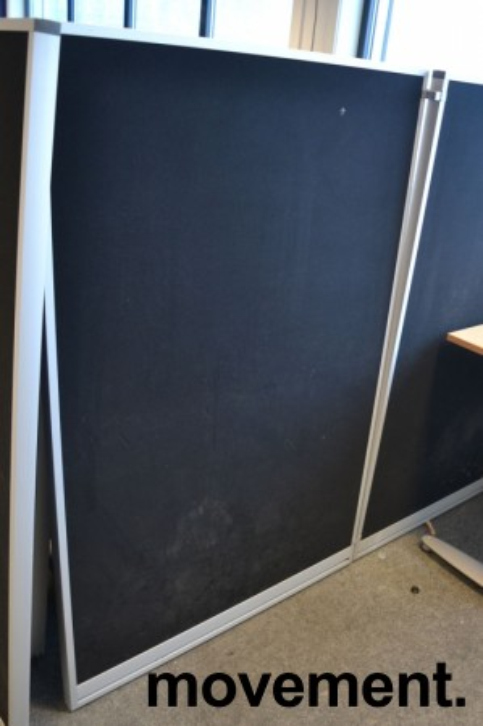 Skillevegg fra Kinnarps, modell Rezon i sort, 100cm bredde, 150cm høyde, pent brukt bilde 2