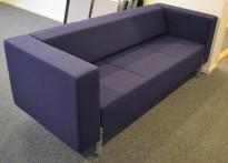 Loungesofa fra Kinnarps, modell PIO 3-seter i blått, 303cm bredde, pent brukt