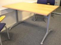 Kompakt møtebord / kantinebord / skrivebord i bøk / grå fra Kinnarps, 120x80cm, passer 4 personer, pent brukt