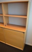 Kinnarps E-serie sjalusiskap i bøk, 4 høyder, bredde 80cm, høyde 164cm, pent brukt