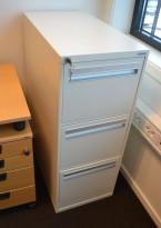 Arkivskap for hengemapper fra Fossafe i hvitt, 3 skuffers, 40cm bredde, pent brukt