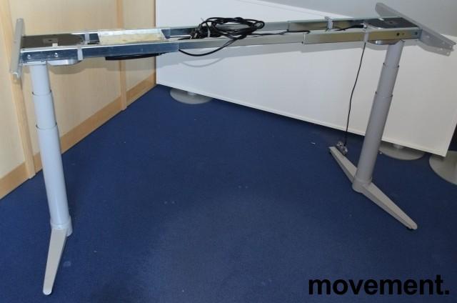 Understell for skrivebord med elektrisk hevsenk fra Edsbyn, teleskop, passer plater 120cm og større, pent brukt bilde 5