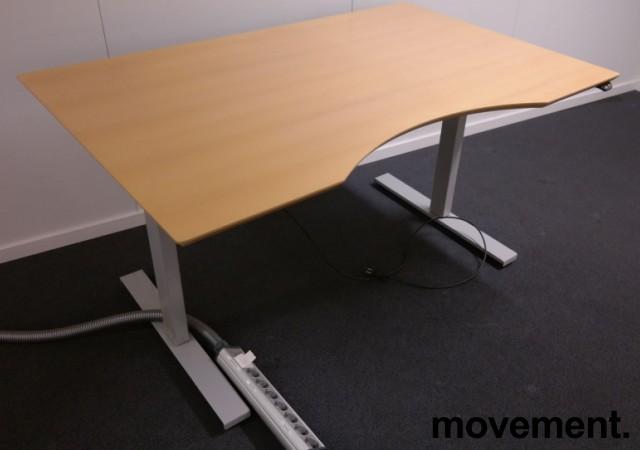 Skrivebord med elektrisk hevsenk i bøk fra IDT / Linak, 140x90cm med mavebue, pent brukt bilde 2