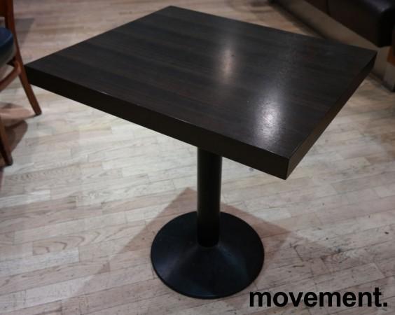 Kafebord fra Pedrali med plate i brunt, understell i sortlakkert metall, 60x70cm, H=73cm, pent brukt bilde 2