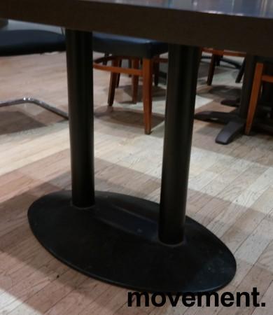 Kafebord med bordplate i brunt / understell i sortlakkert metall, 120x70cm bordplate, 73cm høyde, pent brukt bilde 3