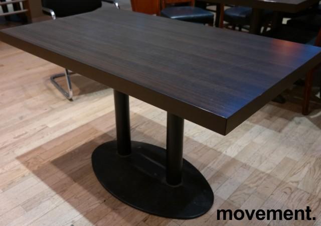 Kafebord med bordplate i brunt / understell i sortlakkert metall, 120x70cm bordplate, 73cm høyde, pent brukt bilde 2