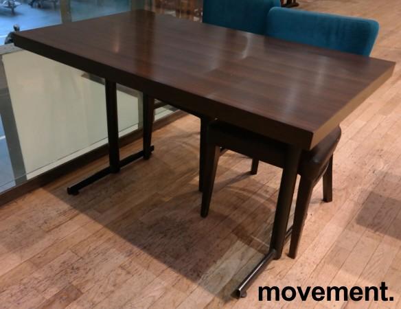 Kafebord med bordplate i brunt / understell i sortlakkert metall, 120x70cm bordplate, 75cm høyde, pent brukt bilde 1