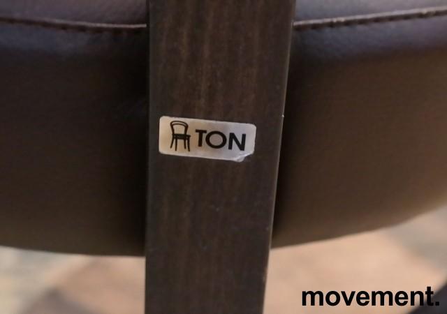 Solid kaféstol / restaurantstol fra Ton med sete i brun skinnimitasjon og rygg i mørk turkis stoff, pent brukt bilde 3