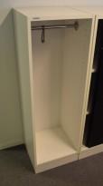 Svenheim garderobeskap i hvitt, 40cm bredde, 127cm høyde, pent brukt