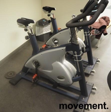 Treningssykkel: Sportsmaster Studio S500, pent brukt bilde 1