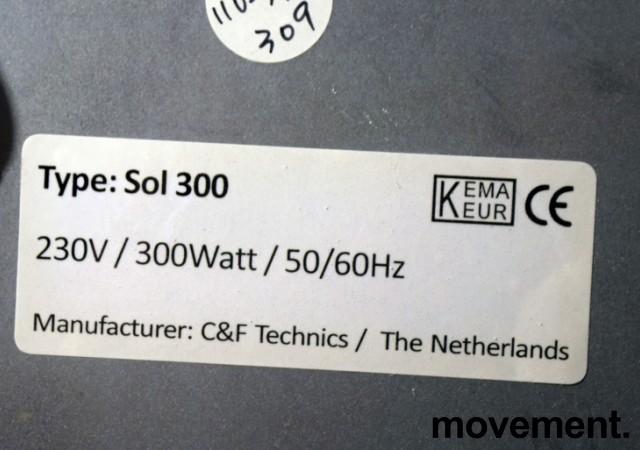Varmeplate / varmeovn / Infrapanel 59x59cm for montering i himling el.l., 300Watt, C&F Technics, pent brukt bilde 2