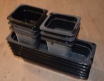 Gastronorm / GN-bakker for salatbar i sort plast, 6 stk 1/2GN og 6x 1/6 GN, selges samlet, pent brukt