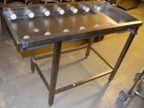 Rullebane / benk i rustfritt stål for oppvask, 122cm bredde, pent brukt 2015-modell