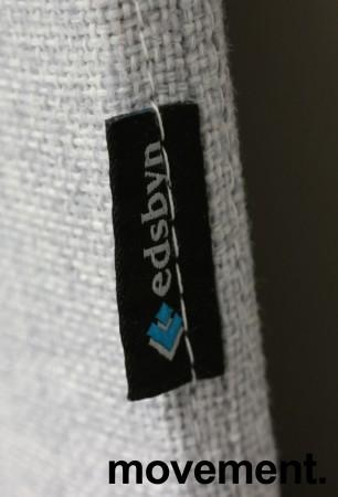 Bordskillevegg i lyst grått stoff fra Edsbyn, 180x65cm, pent brukt bilde 4