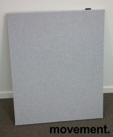 Bordskillevegg i lyst grått stoff fra Edsbyn, 80x65cm, pent brukt bilde 1
