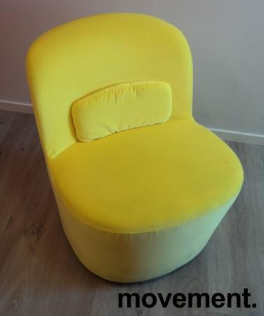 Loungestol i gul velour fra IKEAs Stockholm-serie med sving, pent brukt bilde 2