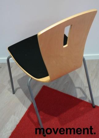 Konferansestol / stablestol i bøk / sort stoff, pent brukt bilde 2