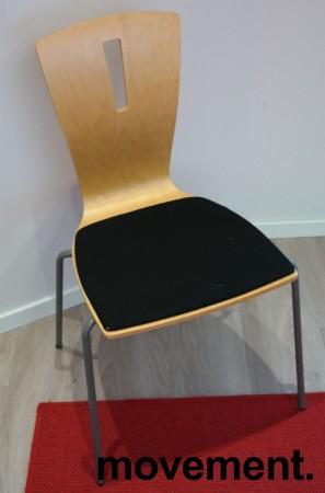 Konferansestol / stablestol i bøk / sort stoff, pent brukt bilde 1