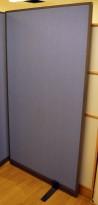 Skillevegg fra Kinnarps, modell Rezon i blått, 100cm bredde, 190cm høyde, pent brukt