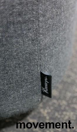 Lekker 1-seter alkovesofa / lenestol med høy rygg fra Kinnarps, modell Fields, sort / grått stoff, pent brukt bilde 5