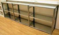 Lav stålhylle / lagerhylle i galvanisert stål fra Dexion, 100cm høyde, 41cm dybde, 305cm bredde, pent brukt