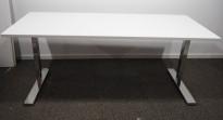 Lekkert skrivebord i hvitt / krom fra Horreds, 180x80cm, pent brukt understell med ny plate