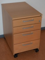 Kinnarps 4skuffers skuffseksjon på hjul i bøk, 40cm bredde, 60cm dybde, pent brukt