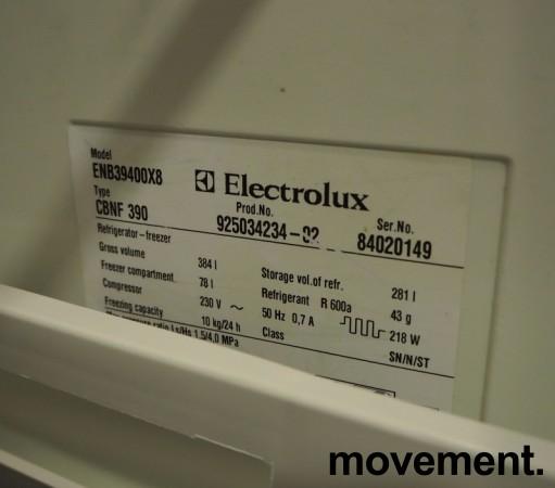 Electrolux ENB39400X8 kjøleskap/kombiskap med fryser nede  i rustfritt stål, 201cmhøyde, brukt med noe slitasje bilde 2
