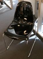 Pedrali plaststol / skallstol / stablestol i sort / krom, modell: DayDream, pent brukt