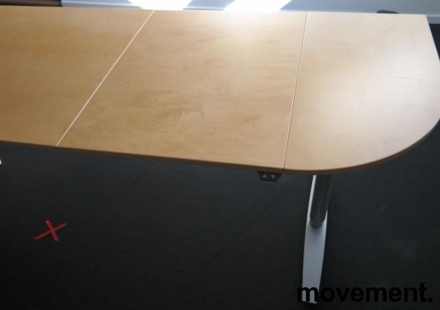 Hjørneløsning / skrivebord med elektrisk hevsenk i bjerk fra Linak. 260x200cm, pent brukt bilde 3