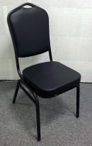 Bankettstol i sortlakkert aluminium, sete og rygg i sort kunstskinn, stablebar, NY/UBRUKT