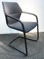 Konferansestol i grått/sort, sortlakkert ramme i metall, armlener, modell A9116, NY/UBRUKT