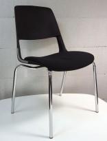 Stablebar konferansestol i sort, ben i krom, sete trukket i sort stoff, modell V206D11, NY/UBRUKT