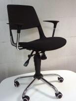 Konferansestol på hjul, sete trukket i sort stoff, krom kryss, modell S206A11, NY/UBRUKT