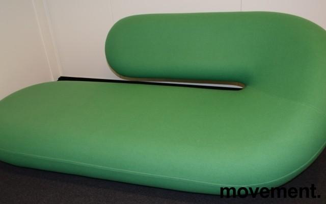 Artig loungemøbel i grønt fra Artifort, Chaise Lounge / Cleopatra, Design: G.D.Harcourt, pent brukt bilde 1