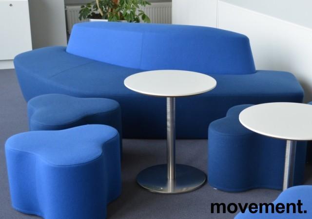 Lekker sofa / lounge fra Tacchini, Polar, design: Pearson Lloyd, to blåtoner, bredde 234cm, pent brukt bilde 2