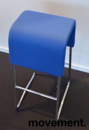 Materia Plint barpall / barkrakk i blått stoff krom, pent brukt bilde 2