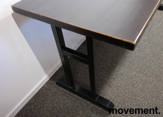Kafebord med bordplate i brunt / understell i sortlakkert metall, 185x70cm bordplate, 76cm høyde, pent brukt bilde 3